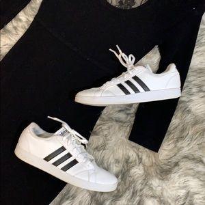 Adidas Classic 3Stripe Sneakers